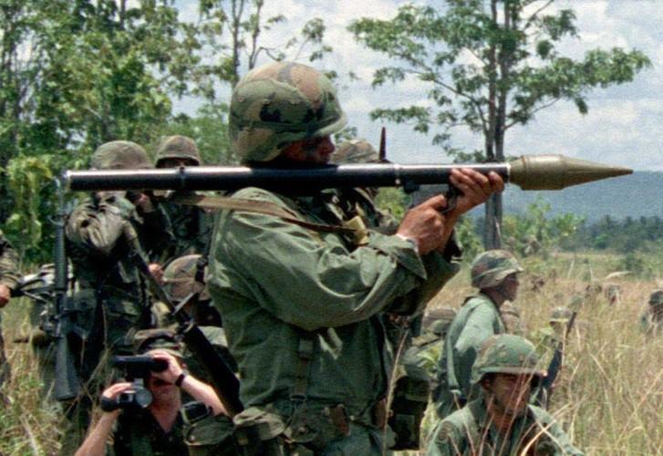 Kho do: Philippines boc bia giay cho xe thiet giap chong IS-Hinh-4