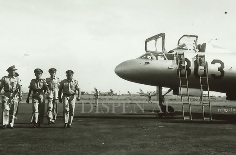 That kinh dan may bay Khong quan Indonesia nhung nam 1960-Hinh-5