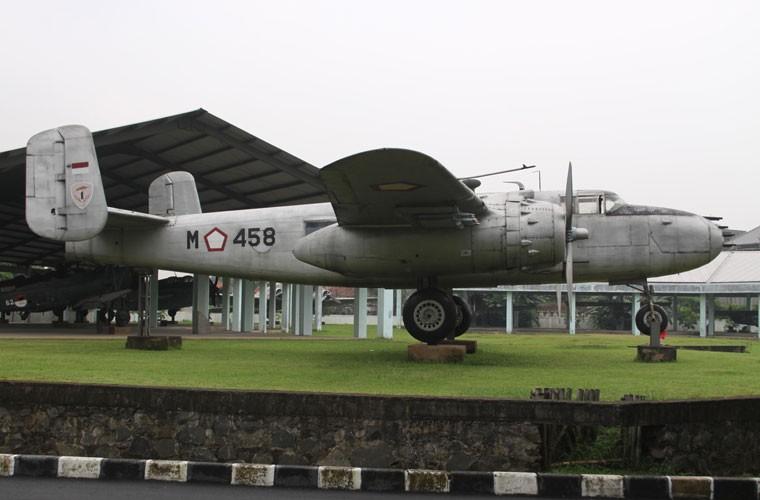 That kinh dan may bay Khong quan Indonesia nhung nam 1960-Hinh-8