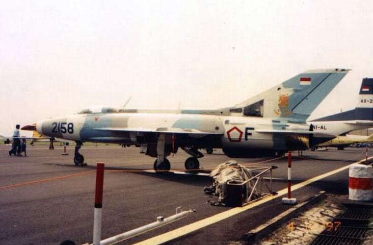 That kinh dan may bay Khong quan Indonesia nhung nam 1960-Hinh-9