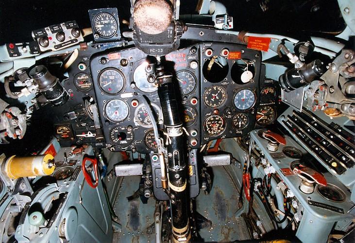 Kinh ngac: Trieu Tien dinh dung MiG-15 danh…tau san bay-Hinh-11
