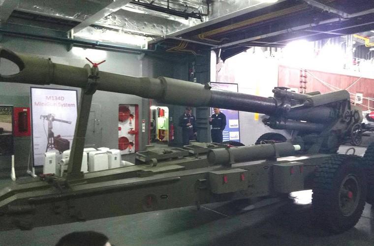 Mua 12 khau phao 155mm, Quan doi Philippines sao co the manh?