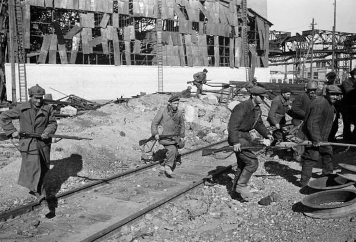 Khoc liet khung khiep ben trong mat tran Stalingrad (2)-Hinh-11