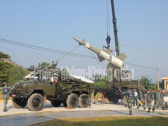 Gioi: Viet Nam tu nang cap 12 to hop ten lua phong khong-Hinh-4