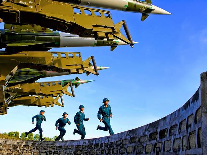 Gioi: Viet Nam tu nang cap 12 to hop ten lua phong khong-Hinh-5