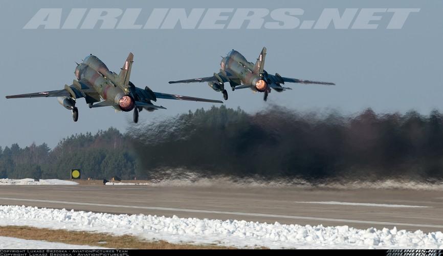 My ban roi may bay Syria: Su-22 chua tung danh thang tren khong-Hinh-5