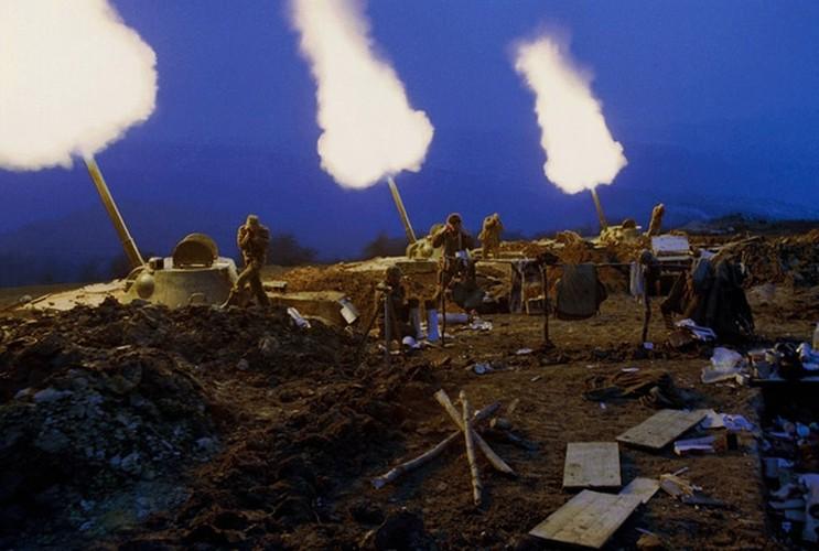 Sung coi tu hanh 2S9 Nona toi Syria, phien quan gao khoc-Hinh-3