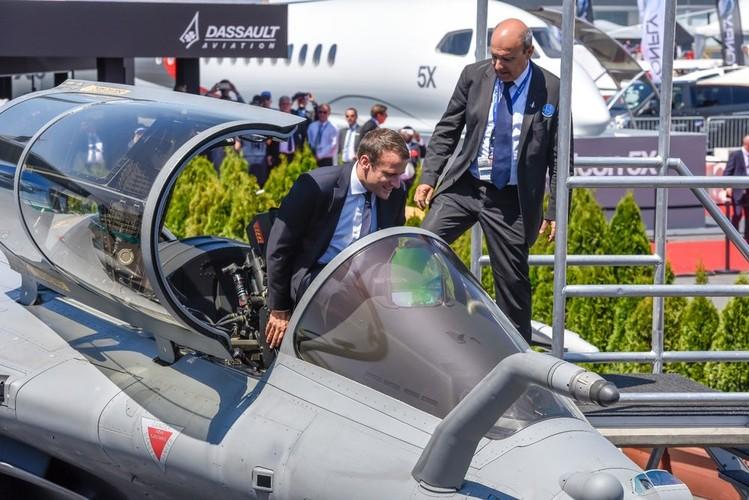 "Chet me dan may bay quan su ""khung"" o Paris Air Show (2)-Hinh-4"