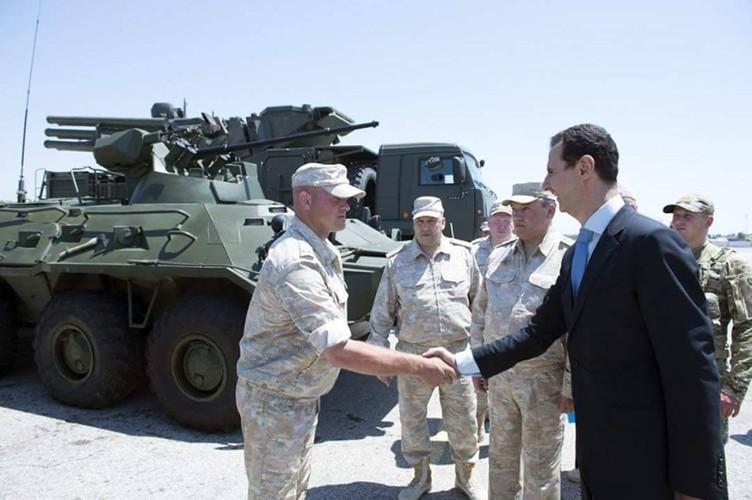 "Tong thong Syria cuoi tuoi, thich thu vu khi ""khung"" cua Nga-Hinh-2"