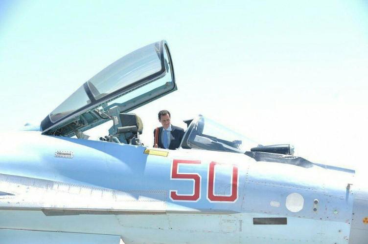 "Tong thong Syria cuoi tuoi, thich thu vu khi ""khung"" cua Nga-Hinh-5"