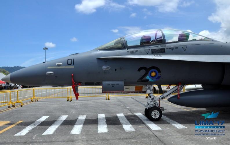 "Tinh nang ""khung"" tiem kich F/A-18D Malaysia sau nang cap-Hinh-3"