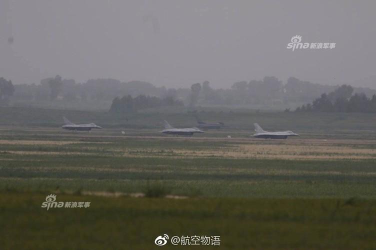 Man nhan chien dau co Nga-Trung khong kich...may bay F-16-Hinh-6