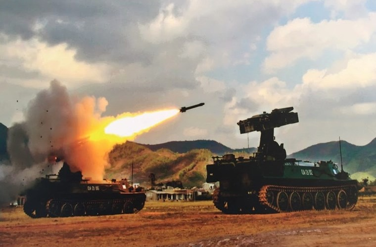 Gioi: Viet Nam tu nang cap ten lua phong khong tam thap-Hinh-11