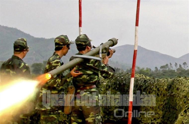 Gioi: Viet Nam tu nang cap ten lua phong khong tam thap-Hinh-6