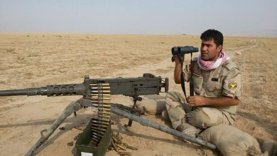 Khiep uy luc xe tang chu luc cua phien quan Syria-Hinh-11