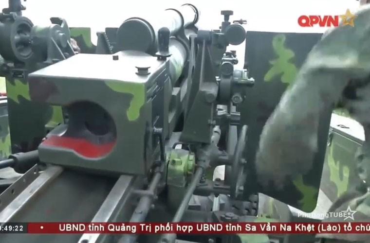 Viet Nam ban thu nghiem phao tu hanh 105mm kieu moi-Hinh-3