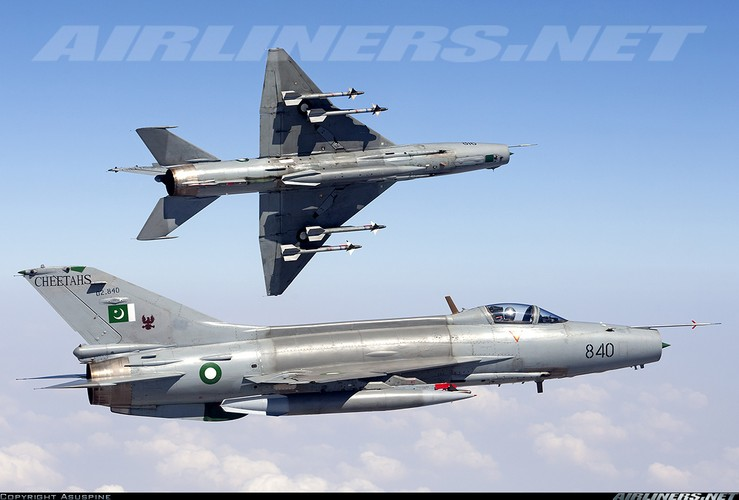 3 thang mat 3 tiem kich F-7, Pakistan hoang voi hang Trung Quoc-Hinh-10