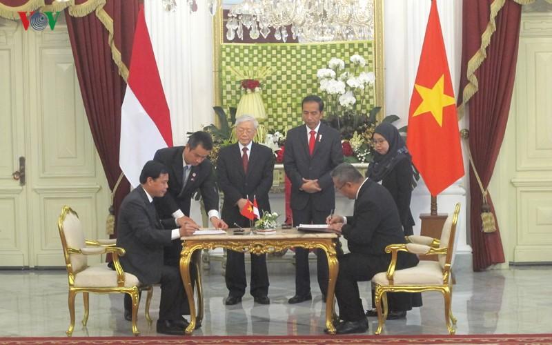 Toan canh le don chinh thuc Tong Bi thu Nguyen Phu Trong tai Indonesia-Hinh-10