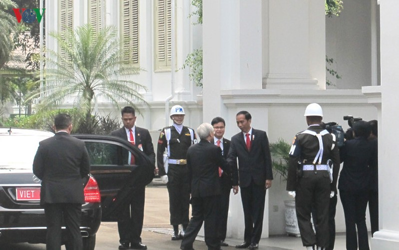 Toan canh le don chinh thuc Tong Bi thu Nguyen Phu Trong tai Indonesia-Hinh-2