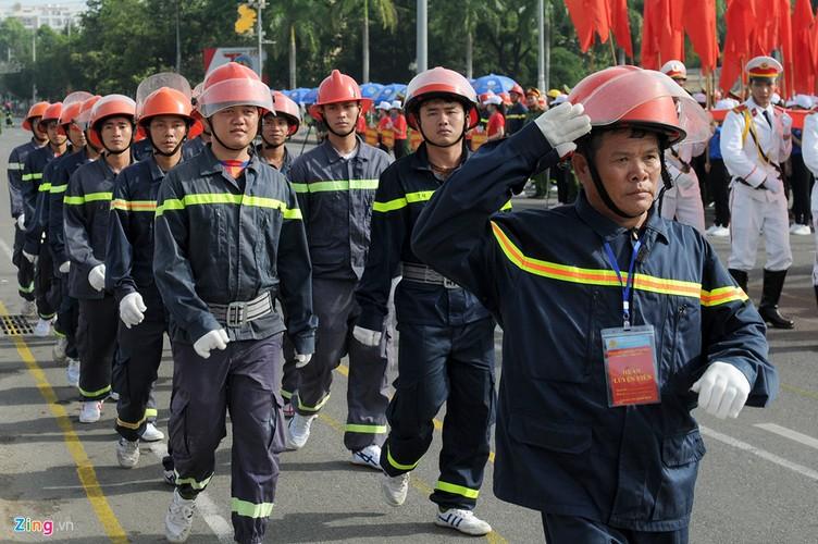 Ngoan muc canh sat mien Trung cuu ho cuu nan-Hinh-2