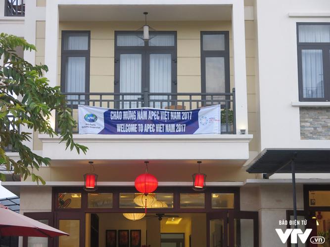 Anh: Cong tac an ninh cho doan phu nhan/phu quan APEC tham quan Hoi An-Hinh-13