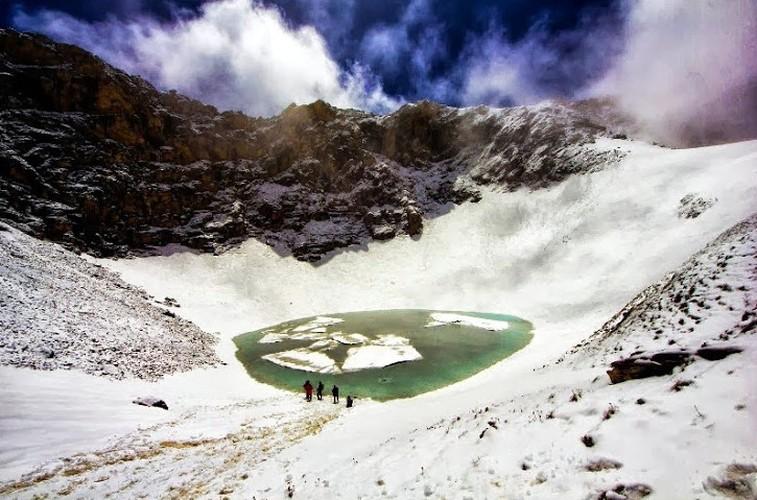 Rung minh tham thu ho hai cot, chat day xuong nguoi o Himalaya-Hinh-3