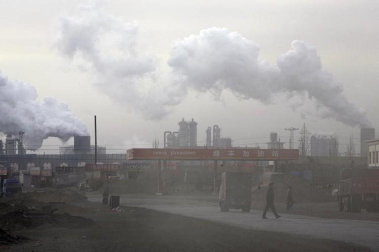 10 nuoc xa nhieu khi thai CO2 nhat the gioi