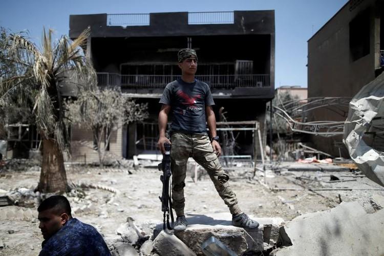 Chum anh luc luong an ninh Iraq tren chien tuyen Tay Mosul-Hinh-10