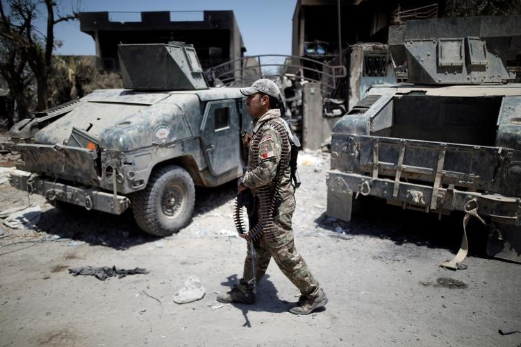 Chum anh luc luong an ninh Iraq tren chien tuyen Tay Mosul-Hinh-11