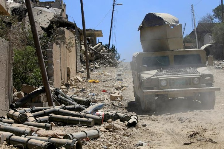 Chum anh luc luong an ninh Iraq tren chien tuyen Tay Mosul-Hinh-17