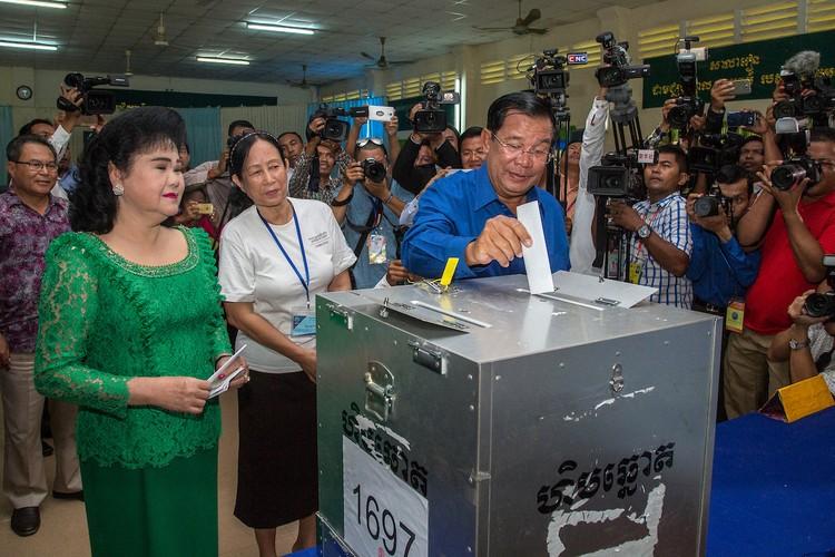 Chum anh bau cu xa-phuong o Campuchia-Hinh-5