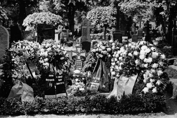 "Vu am at ""dao phu Duc Quoc xa"" Reinhard Heydrich o Praha-Hinh-11"