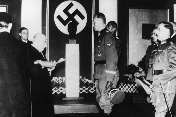 "Vu am at ""dao phu Duc Quoc xa"" Reinhard Heydrich o Praha-Hinh-4"