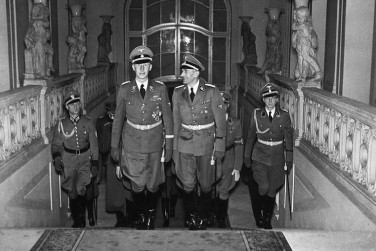 """Vu am at """"dao phu Duc Quoc xa"""" Reinhard Heydrich o Praha"""