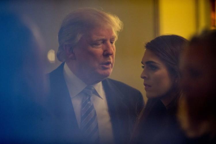 Chum anh: Nu Giam doc truyen thong tai sac ven toan cua ong Trump-Hinh-14