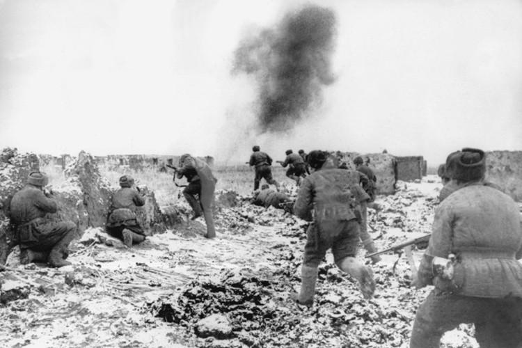 Chum anh tran Stalingrad trong The chien II: 75 nam nhin lai-Hinh-2
