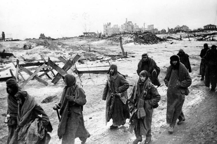 Chum anh tran Stalingrad trong The chien II: 75 nam nhin lai-Hinh-6