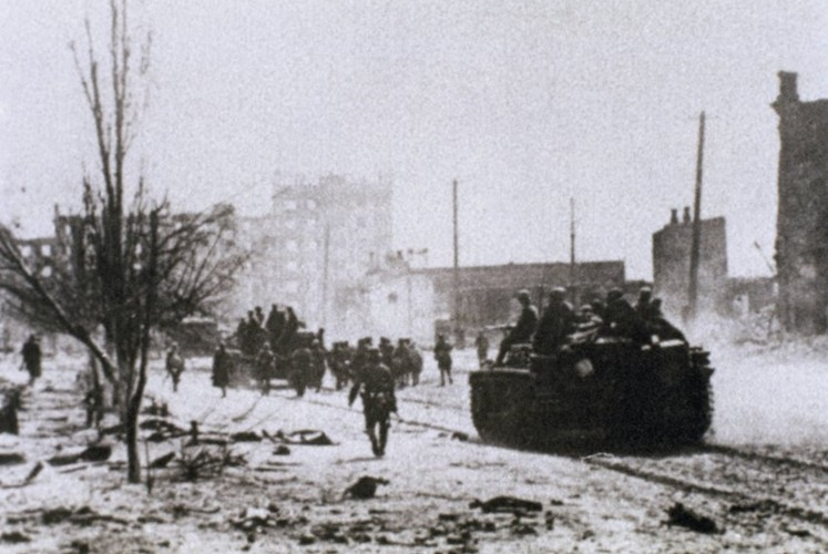 Chum anh tran Stalingrad trong The chien II: 75 nam nhin lai-Hinh-8