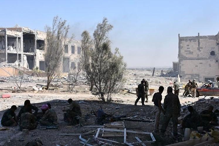 Hinh anh Quan doi Syria truy diet phien quan IS o Deir Ezzor-Hinh-11