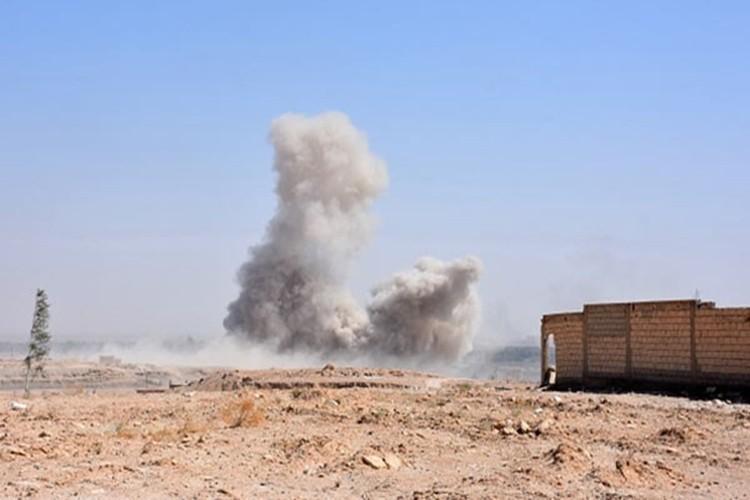 Hinh anh Quan doi Syria truy diet phien quan IS o Deir Ezzor-Hinh-6