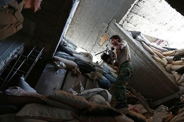 Hinh anh Quan doi Syria truy diet phien quan IS o Deir Ezzor-Hinh-7