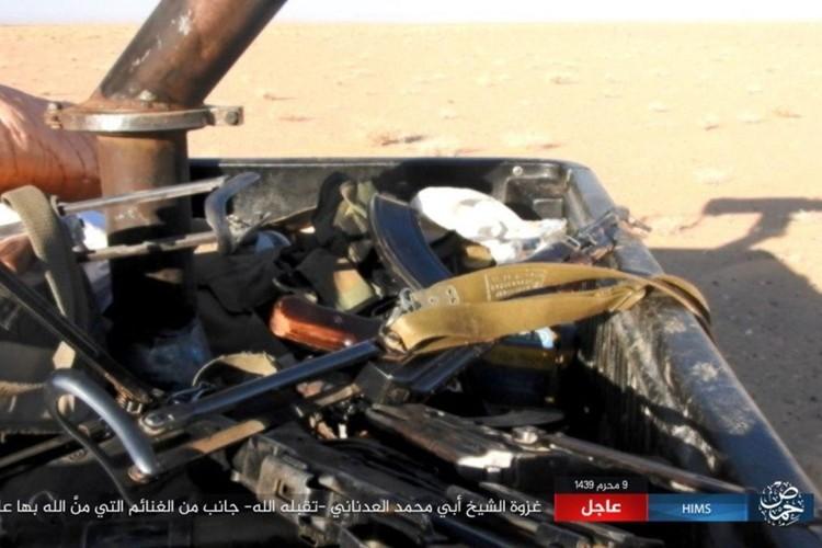 Quan doi Syria chao dao o phia tay Deir Ezzor-Hinh-12