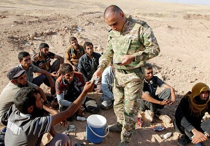 Hinh anh hon 1.000 phien quan IS dau hang o Hawija-Hinh-2