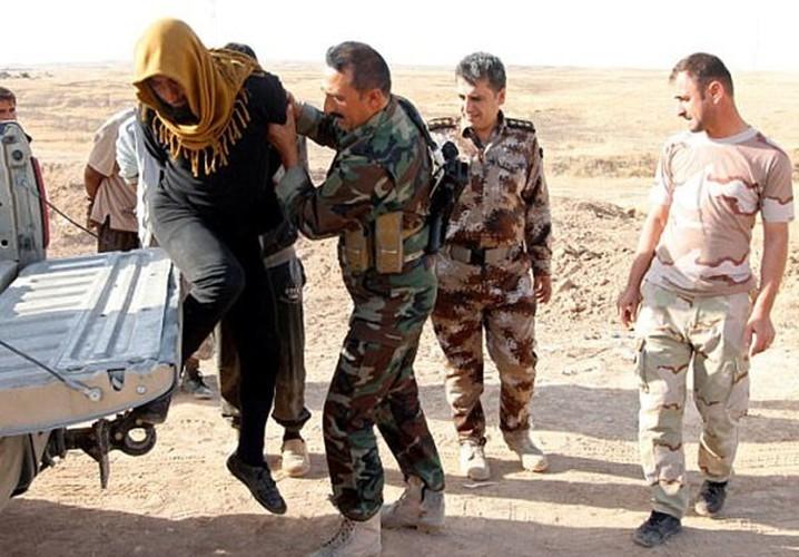 Hinh anh hon 1.000 phien quan IS dau hang o Hawija-Hinh-9