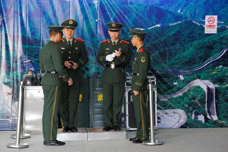 Bac Kinh siet chat an ninh truoc them Dai hoi dang-Hinh-2