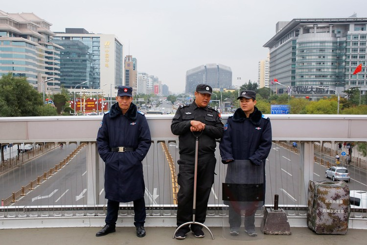 Bac Kinh siet chat an ninh truoc them Dai hoi dang-Hinh-3