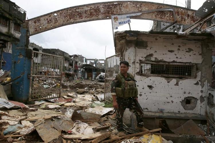 Anh: Thanh pho Marawi bi pha huy trong cuoc chien chong IS-Hinh-11