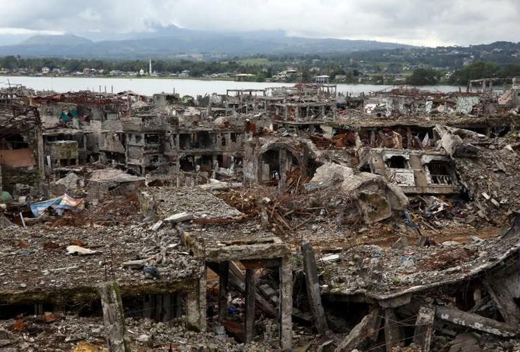 Anh: Thanh pho Marawi bi pha huy trong cuoc chien chong IS-Hinh-12