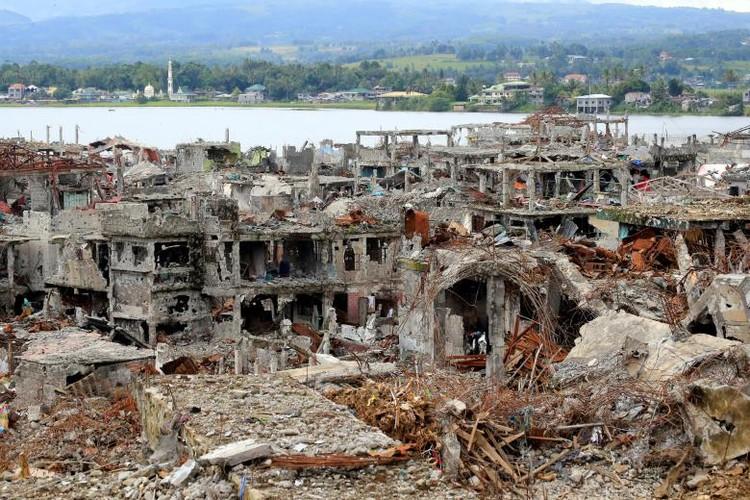Anh: Thanh pho Marawi bi pha huy trong cuoc chien chong IS-Hinh-13
