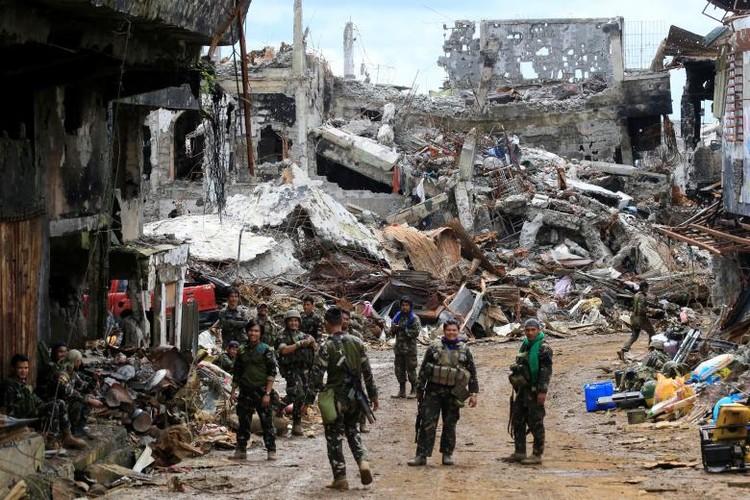 Anh: Thanh pho Marawi bi pha huy trong cuoc chien chong IS